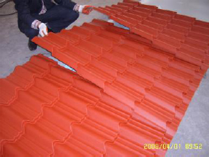 The-color-steel-structure-tile-installation-works-1.png